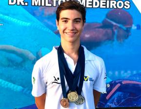 Vitor Macêdo, nadador patrocinado da Viper, conquista 7 medalhas